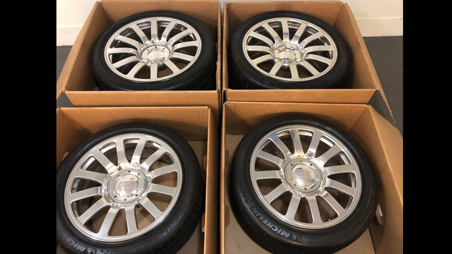 Bugatti Veyron: You can't even afford the wheels