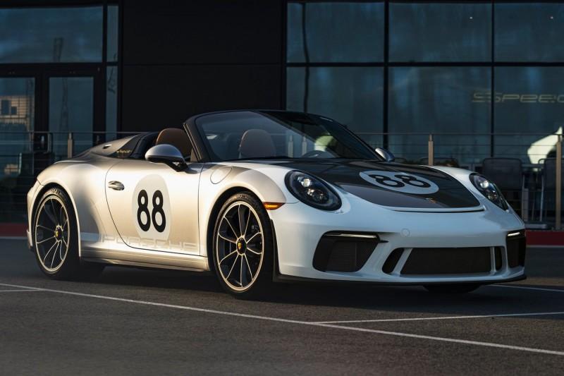 Last 991-generation Porsche 911 in COVID-19 auction