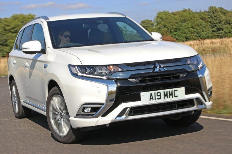 Mitsubishi Outlander PHEV is still No 1